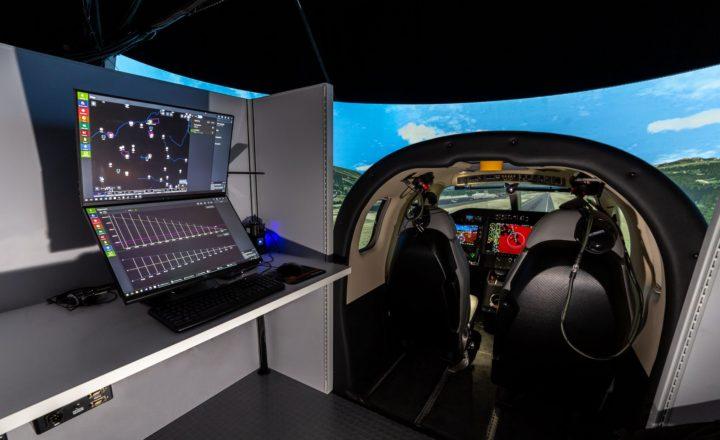 SIMCOM simulator