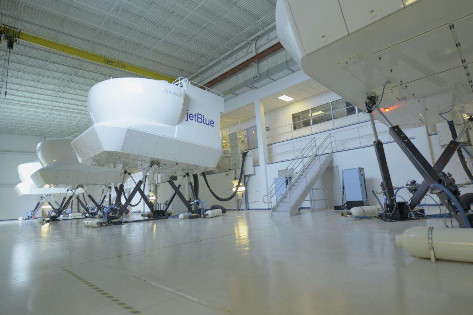 JetBlue U simulators